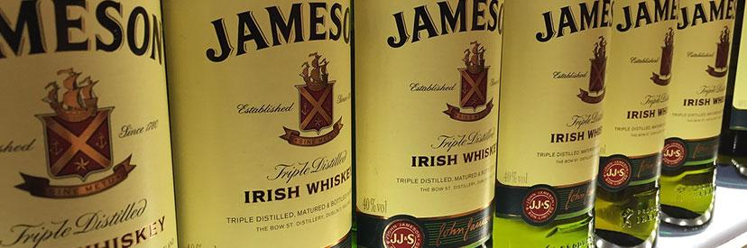 Jameson whiskey flessen
